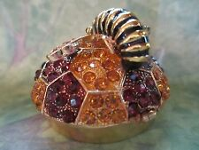 BEE MAKING HONEY ENAMELED  BEJEWELED   TRINKET BOX    BEAUTIFUL COLORS  3314