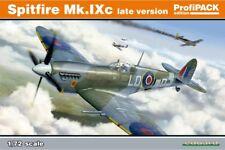 Eduard 70121 1/72 Spitfire Mk. IXc late version