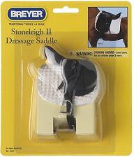 Breyer Traditional (1:9) 2465 - Stoneleigh II Dressursattel (ohne Pferd)