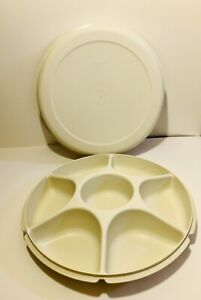 Vtg Large Tupperware Serving Divided Tray Fruits Or Veggies Almond 1665-1/1666-4