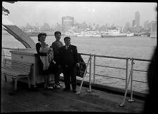 Famille bateau paquebot arrivée New York - Ancien négatif photo an. 1930