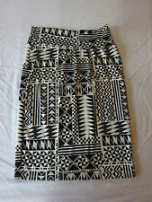 Women's LuLaRoe Cassie Black/Cream Skirt Size L