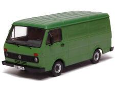 PRX13300 - Fourgon VOLKSWAGEN LT28 vert  édité à 1000 unités - 1/43