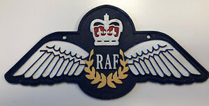 CAST IRON RAF WINGS WALL SIGN. PLAQUE INSIGNIA BADGE SERVICES MILITARY
