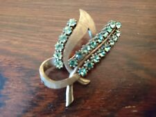 Stunning Pilgrim vintage style brooch in gold and green