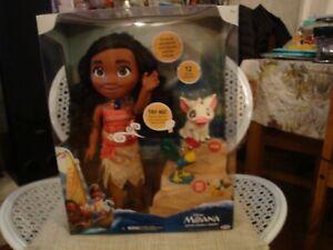 Disney 99551 Singing Moana Doll and Friends