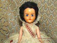 VINTAGE 1950's DEBUTANTE GIRL PUFF CREAM LACE DRESS SLEEPY EYES DARK HAIR DOLL