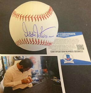 "Ozzie Guillen Chicago White Sox Autographed Signed Baseball ""05 WSC"" Beckett COA"