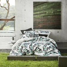 Ltd By Logan and Mason FIORE JADE Single Bed Size Doona Duvet Quilt Cover Set