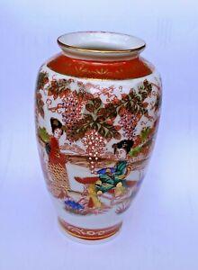 Chinesische Porzellanvase Handbemalt.