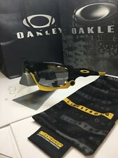 New Rare Oakley Racing Jacket Livestrong Polarized Lance Arm. Black Sunglasses