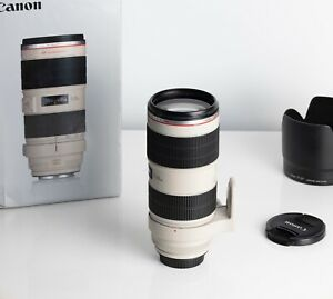 Canon EF 70-200mm f/2.8 L IS II USM Lens in Excellent condition