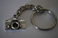 Retro Silver Camera Keyring Photography Lenses DSLR Enthusiast