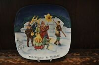Royal Doulton/Beswick  Fabulous Textured Christmas In Poland Decorative Plate