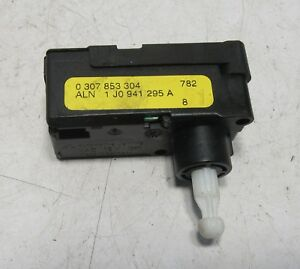 VW Touran 1T Motor Lichtweitenregulierung LWR Motor 1J0941295A