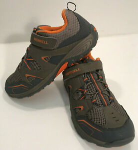 BOY`S MERRILL M TRAIL CHASER ATHLETIC SNEAKERS SIZE 5.5W GREY/ORANGE #MY57109