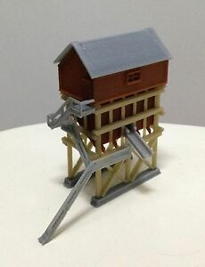 Outland Models Train Railroad Miniature Coaling Tower / Station Z Scale 1:220