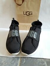 Original /girls. ugg uggs snickers. size 7 or eu 40 black colour.