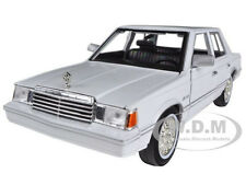 1982 DODGE ARIES K WHITE 1/24 DIECAST CAR MODEL BY MOTORMAX 73335