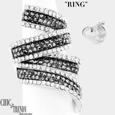 BLACK CHARCOAL & CLEAR CRYSTAL COCKTAIL RING FORMAL OR EVERY DAY TRENDY JEWELRY