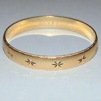 Vintage signed Monet textured gold tone atomic star bangle bracelet, size S