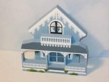 Shelia's Collectibles Blue Cottage, Oak Bluffs Ma Mint no Box
