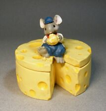 Merry Mousetales Midwest Cannon Falls Mouse Eating Cheese on Cheese Box