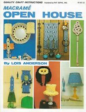 Vintage 1970s Lampshade & Swag Lamp Pattern Macrame Open House Craft Book PD1141