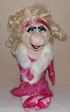 Disney Store ~The Muppets Exclusive 19 Inch Miss Piggy Plush Figure Bnwt!