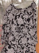 NEW Tag Women's Willi Smith Black and White Boho Long Blouse in Size 3X 26 28 R