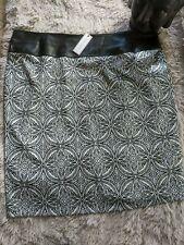 Bisou Bisou January Ivory Geometric Black And White Skirt by Michele Bohbot
