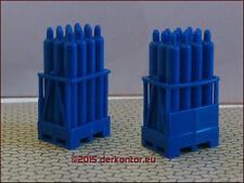 24 Gasflaschen 2 Palettenkasten blau Ladegut HoyerGas LKW Güterwagen h0/tt 1:87