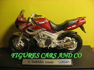 MOTO 1/18 YAMAHA 850 TDM GRIS /BORDEAUX 2001 WELLY