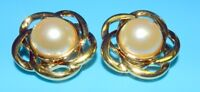SWAROVSKI SWAN VINTAGE SAL Signed GOLD MABE PEARL GORGEOUS CLIP ON EARRINGS