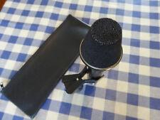 Akg D202E. micrófono dinámico clásico. (ex-BBC).