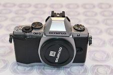Olympus OMD E-M5 - Nur 1992 Klicks - 12 Monate Gewährleistung