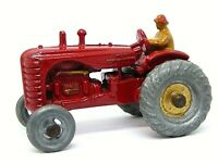 Matchbox Lesney No.4a Massey Harris Tractor (MUDGUARDS VERSION)