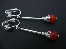 Un par de grano de Jade Rojo Plateado Plata Pendientes De Clip. Nueva.