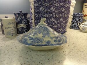 Vintage Blue White Asiatic Pheasants Covered Serving Bowl
