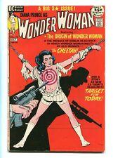 "WONDER WOMAN #196 - THE CLASSIC ""BULLSEYE"" BONDAGE COVER - ORIGIN OF WW - 1971"