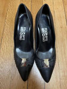 Auth Salvatore Ferragamo Black Heel Pumps 8 D