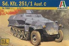 Italeri Sd.Kfz. 251/1 Aufs. C Ref 7009 Escala 1:72