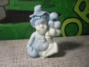 "Mosser ""HOAGY"" Clown Figurine - Blue / White Slag Swirl Uranium Glass"