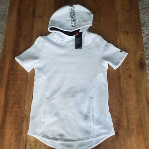 Under Armour Women's Short Sleeve Pullover Hoodie style 1364077 100 NWT Small