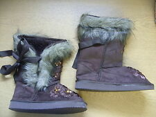 Ladies Boots brown faux fur lined, size UK 3, EU 35.5, sequins on the front 3336