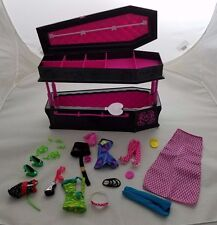 Monster High Draculauras Coffin Casket Jewelry Box Bed Storage Case Doll Clothes