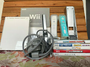 Nintendo Wii Bundle - Console, Controllers, Games, WiiPlay   TESTED
