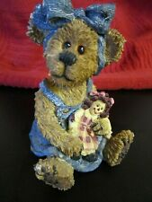 "Boyds Bears & Friends Sally Quignapple ""Hold a True Friends With Both Hands"""