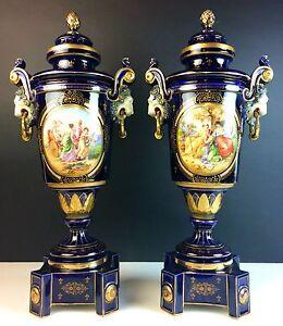 PAIR OF GREAT VIENNA STYLE  PORCELAIN VASES. COBALT BLUE. VIENNA(?). XIX-XX