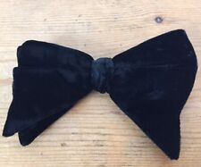 Vtg 1970s Royal Rust Resistant Metal Clip On Black Velvet Wide Formal Bow Tie